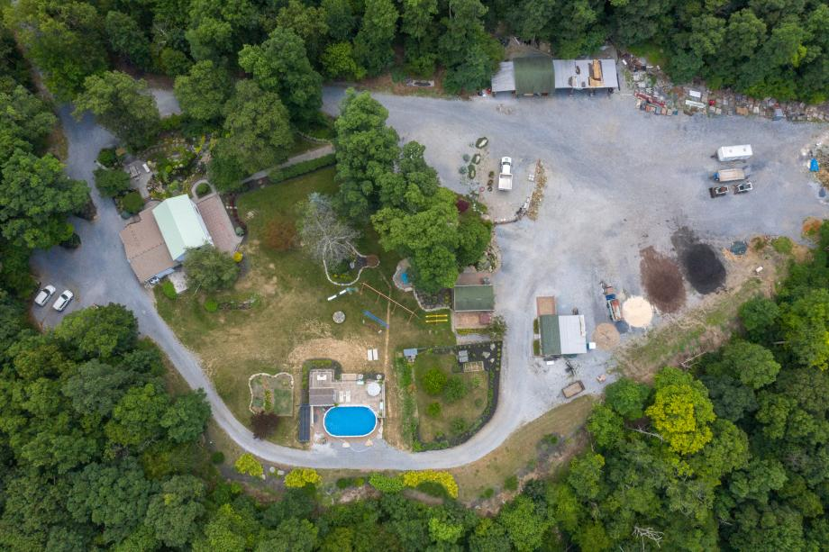 Kingdom Landscaping aka Tyler's Crossing Sabillasville Maryland